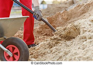 de arbeider van de bouw, met, een, schop