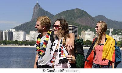 de, gruppe, christus, janeiro, deutschlandflagge, rio, erlöser, hintergrund., argentinisch, besitz, friends, reisen