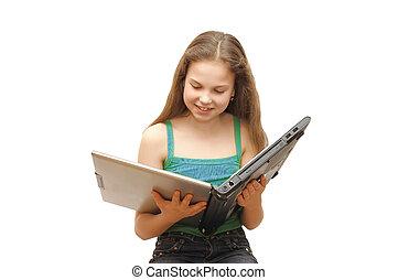 de, jong meisje, met, de, draagbare computer, vrijstaand
