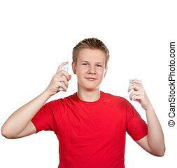 de, jongen, de, tiener, het verstuiven, geur, parfum