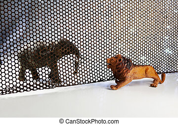 de, leeuw, en, elefant, model., concept, schietende , door, staal, rooster
