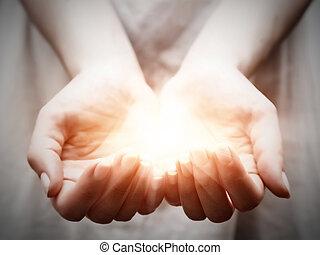 de, licht, in, jonge vrouw , hands., delen, geven,...