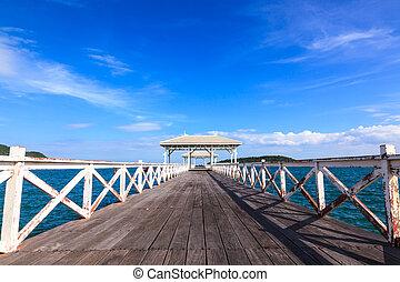 de madera, caminata, puente, a, el, mar