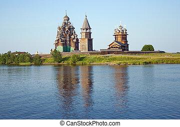 de madera, iglesias, en, isla, kizhi