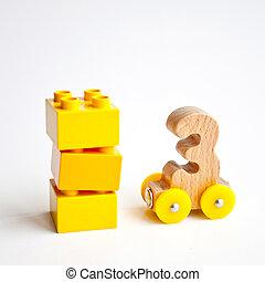 de madera, números, 0, 1, 2, 3, 4, 5, cartas, tren, coches, alfabeto, con, amarillo, ruedas, blanco, fondo., niñez temprana, educación, aprendizaje, para contar, preescolar, y, juego niños, concepto