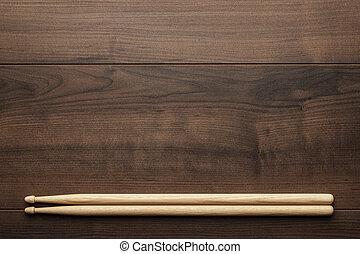 de madera, palillos, tabla