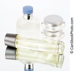 de, mooi, de flessen van het parfum