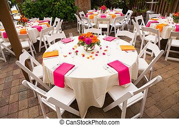 de ontvangst van het huwelijk, tafels