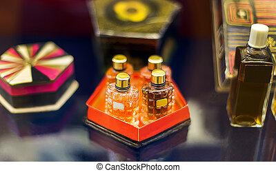 de, ouderwetse , parfum, bottles.
