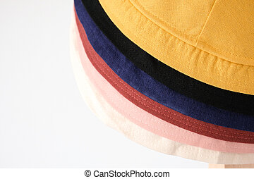 de par en par, sombrero brimmed, sol