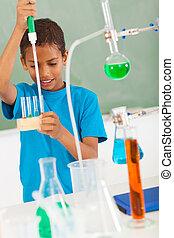 de student van de basisschool, in, wetenschap klas