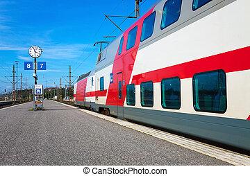 de trein van de passagier, vertrek
