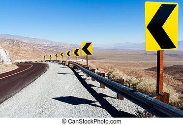 Death Valley NP: Sharp Curve