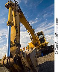 deber pesado, equipo construcción, estacionado, en, worksite