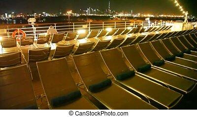 debout, chaises, bateau, pont