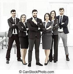 debout, concept, business, reussite, solide, chaque, bras, suivant, autre, traversé, équipe, devant, business:, lui