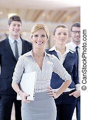 debout, conférence, affaires femme, elle, personnel