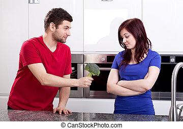 debout, cuisine, dégoûté, épouse