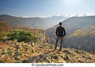 debout, falaise, homme, montagne