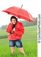 debout, femme, jeune, pluie, heureux