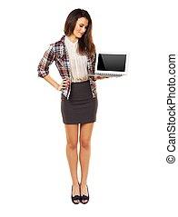 debout, femme, projection, laptop's, écran, vide