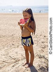 debout, girl, plage, enfant