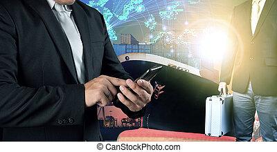 debout, global, récipient, professionnels, mobile, travail, contre, port, téléphone, connecter, fond, filet, investisseur, bateau, homme