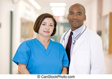debout, hôpital, infirmière, couloir, docteur