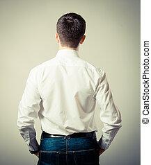 debout, homme, arrière affichage