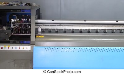debout, industriel, format, panorama, printer., jet encre, grand, impression, 4k, workshop., presse