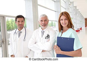 debout, monde médical, salle, portrait équipe, hôpital
