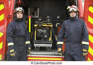debout, moteur, brûler, pompiers, équipement, petit