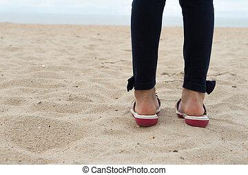 debout, océan, sable, enfant, girl, figure, plage
