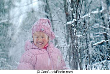 debout, peu, forêt, girl, neigeux