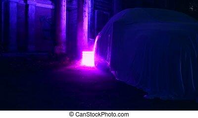debout, purple., tissu, abandonnés, maison, fumée, voiture, couvert, éclairé