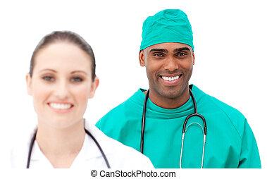 debout, rang, multi-ethnique, médecins