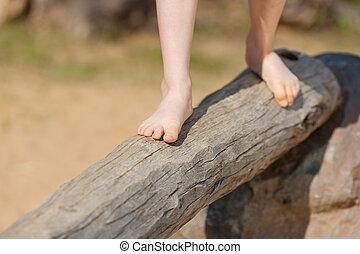 debout, section, arbre, bas, coffre, girl