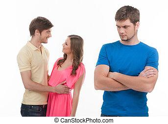 debout, sien, autre, jealousy., jeune, étreindre, triste, quoique, femme, armes traversés, fond, homme