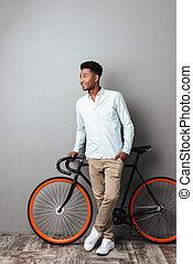 debout, vélo, isolé, homme