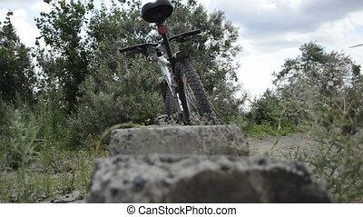 debout, vélo, nature, gens, une, sans