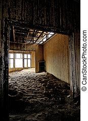 Decaying architecture at Kolmanskop 2