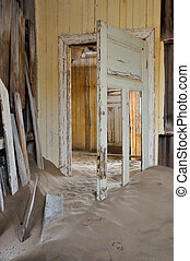 Decaying architecture at Kolmanskop 2
