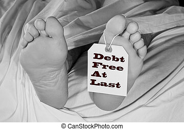 deceased man with toe tag