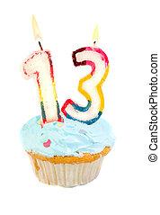 decimotercero, cumpleaños, cupcake