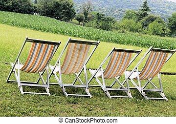 deckchair  - deckchair with rural views in Italy