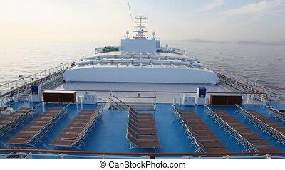 deckchairs, na ustrojeniu, od, statek rejsu, w, morze