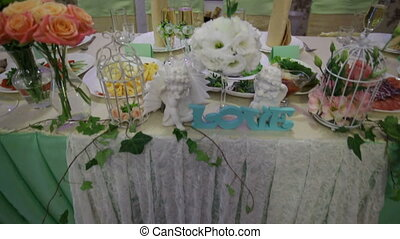 decor of flowers on wedding table