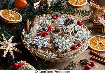 Christmas gingerbread cookies in a round wicker basket