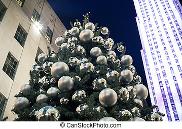 decorated Christmas tree lighting in the city