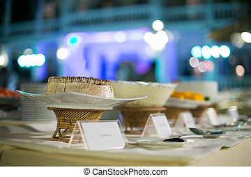 Decorating desserts was prepared for the wedding party.